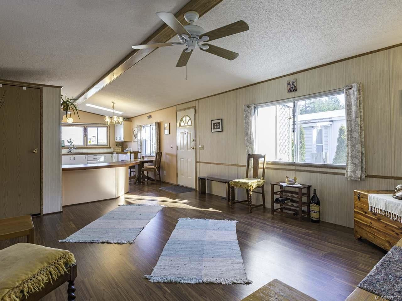 Photo 28: Photos: 64 390 Cowichan Ave in COURTENAY: CV Courtenay East Manufactured Home for sale (Comox Valley)  : MLS®# 833987