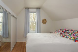 """Photo 10: 297 E 17TH Avenue in Vancouver: Main House for sale in """"MAIN STREET"""" (Vancouver East)  : MLS®# R2554778"""