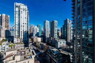 """Photo 11: 1705 969 RICHARDS Street in Vancouver: Downtown VW Condo for sale in """"Mondrian II"""" (Vancouver West)  : MLS®# R2344228"""