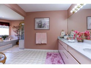 Photo 15: 14279 84 Avenue in Surrey: Bear Creek Green Timbers House for sale : MLS®# F1411849
