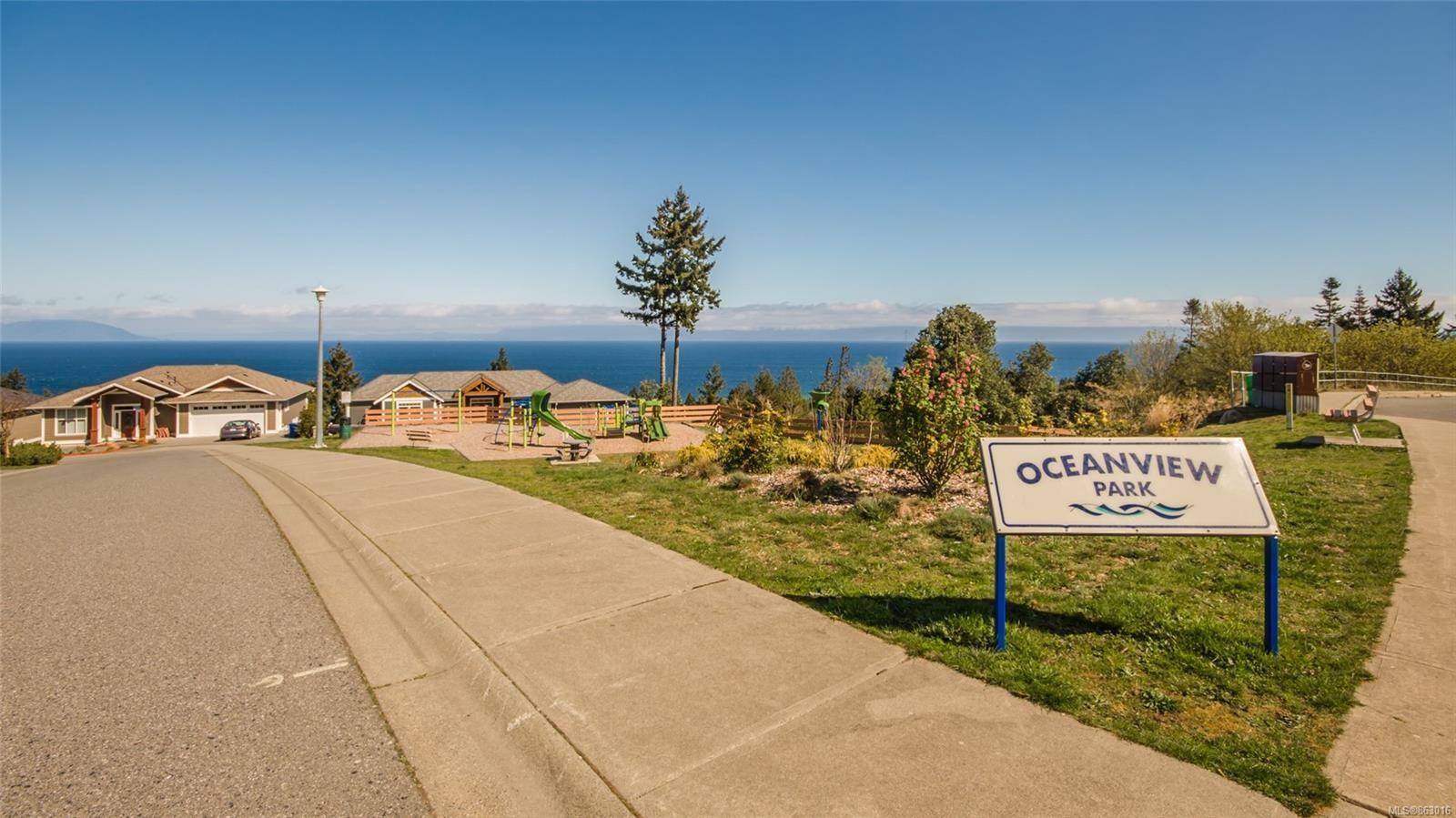 Photo 35: Photos: 5361 Laguna Way in : Na North Nanaimo House for sale (Nanaimo)  : MLS®# 863016