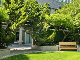 """Photo 27: 1406 1188 HOWE Street in Vancouver: Downtown VW Condo for sale in """"1188 HOWE"""" (Vancouver West)  : MLS®# R2600220"""