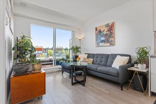 """Photo 9: 404 2141 E HASTINGS Street in Vancouver: Hastings Condo for sale in """"THE OXFORD"""" (Vancouver East)  : MLS®# R2579548"""