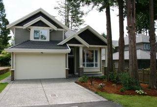 Photo 1: 12658 16 Avenue in South Surrey: Home for sale : MLS®# F2731188