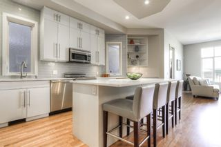 Photo 7: 2306 3 Avenue NW in Calgary: West Hillhurst Detached for sale : MLS®# A1100228