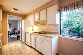 """Photo 6: 3 14045 NICO WYND Place in Surrey: Elgin Chantrell Condo for sale in """"Nico Wynd Estates"""" (South Surrey White Rock)  : MLS®# R2030707"""