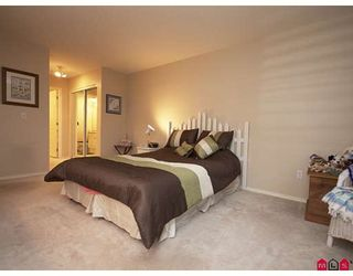 """Photo 7: 301 20443 53RD Avenue in Langley: Langley City Condo for sale in """"COUNTRYSIDE ESTATES"""" : MLS®# F2833348"""