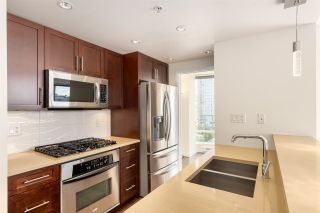 Photo 5: 1006 980 COOPERAGE WAY in Vancouver: Yaletown Condo for sale (Vancouver West)  : MLS®# R2488993