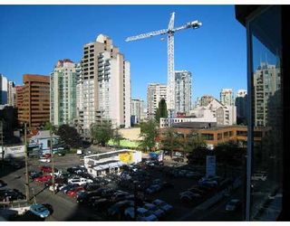 """Photo 6: 708 950 DRAKE Street in Vancouver: Downtown VW Condo for sale in """"ANCHOR POINT"""" (Vancouver West)  : MLS®# V661241"""