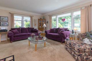 Photo 5: 422 Lampson St in : Es Saxe Point Half Duplex for sale (Esquimalt)  : MLS®# 877786