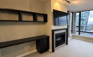 """Photo 13: 904 7328 ARCOLA Street in Burnaby: Highgate Condo for sale in """"Esprit 1"""" (Burnaby South)  : MLS®# R2527920"""