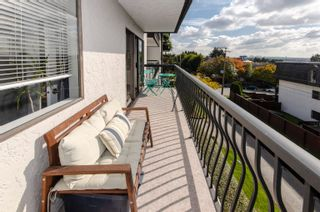 """Photo 17: 206 175 E 5TH Street in North Vancouver: Lower Lonsdale Condo for sale in """"Wellington Manor"""" : MLS®# R2624759"""