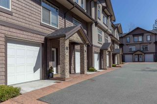 """Photo 2: 7 2950 LEFEUVRE Road in Abbotsford: Aberdeen Townhouse for sale in """"Cedar Landing"""" : MLS®# R2462151"""