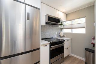 "Photo 8: 71 7850 KING GEORGE Boulevard in Surrey: East Newton Manufactured Home for sale in ""Bear Creek Glen"" : MLS®# R2614023"