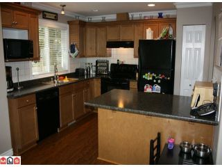 "Photo 2: 9 45152 WELLS Road in Sardis: Sardis West Vedder Rd Townhouse for sale in ""MAYBERRY LANE"" : MLS®# H1104382"