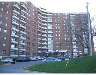 Photo 1: 20 Chesterton Dr, Suite 319 in Nepean: Other for sale : MLS®# 755063