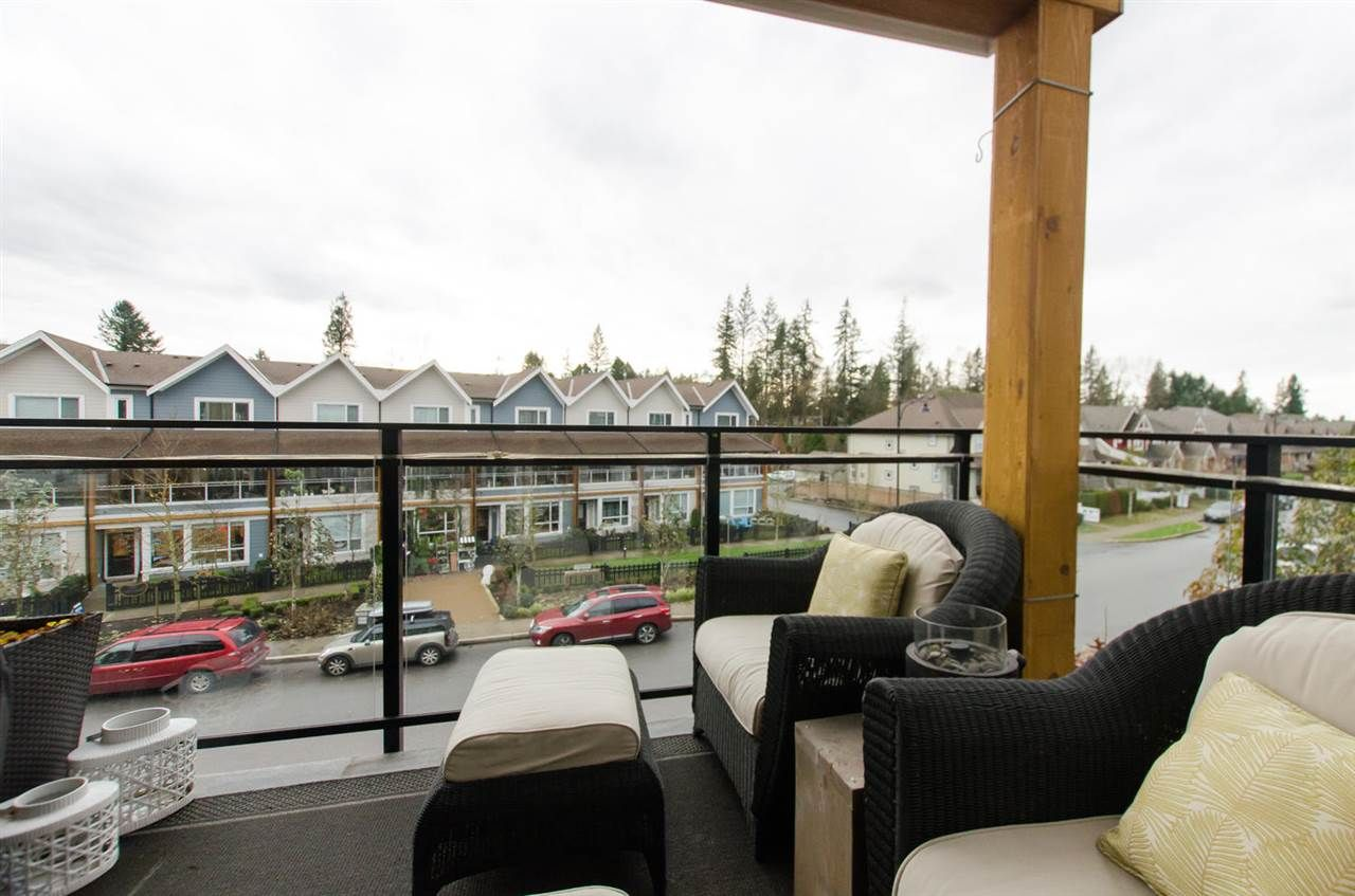 """Photo 15: Photos: 311 23255 BILLY BROWN Road in Langley: Fort Langley Condo for sale in """"THE VILLAGE AT BEDFORD LANDING"""" : MLS®# R2024822"""