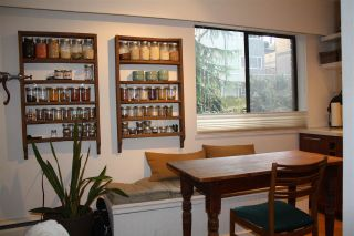 """Photo 4: 107 2330 MAPLE Street in Vancouver: Kitsilano Condo for sale in """"MAPLE GARDENS"""" (Vancouver West)  : MLS®# R2226406"""