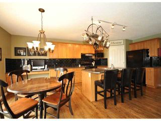 Photo 7: 27 SOMERGLEN Way SW in CALGARY: Somerset Residential Detached Single Family for sale (Calgary)  : MLS®# C3438151