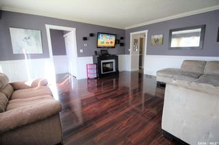 Photo 4: 187 Second Avenue South in Yorkton: Residential for sale : MLS®# SK860760