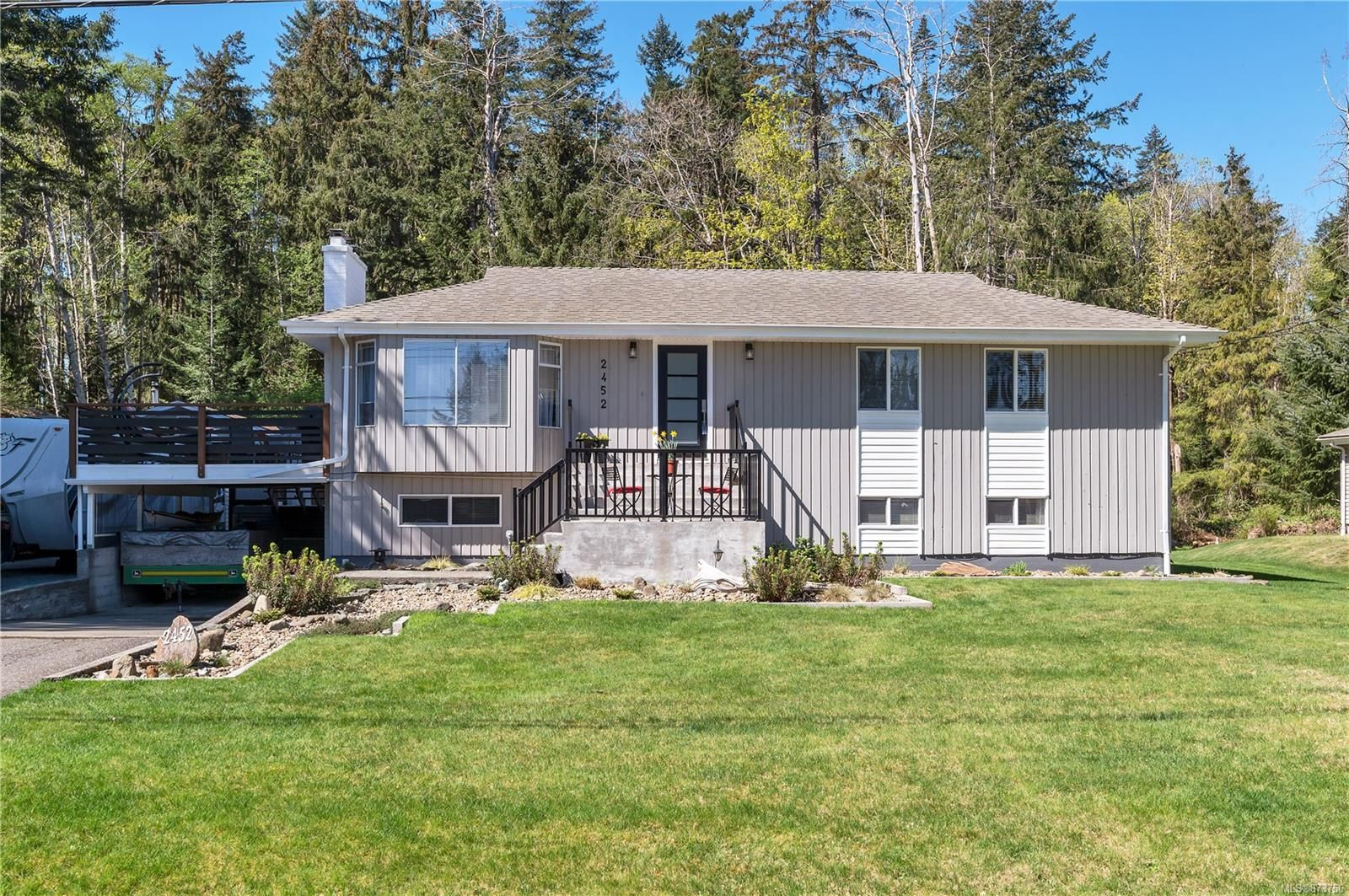 Main Photo: 2452 Dolly Varden Rd in : CR Campbell River North House for sale (Campbell River)  : MLS®# 873756