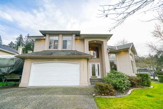 Photo 1: 20652 89A AVE Avenue in Langley: Walnut Grove House for sale : MLS®# R2439926