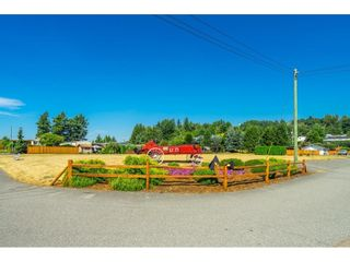 """Photo 36: 1 27111 0 Avenue in Langley: Aldergrove Langley Manufactured Home for sale in """"Pioneer Park"""" : MLS®# R2605762"""