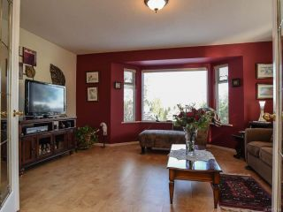 Photo 5: 2285 Kilpatrick Ave in COURTENAY: CV Courtenay City House for sale (Comox Valley)  : MLS®# 774125