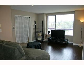 """Photo 2: 615 3588 VANNESS Avenue in Vancouver: Collingwood VE Condo for sale in """"Emerald Park Court"""" (Vancouver East)  : MLS®# V721137"""