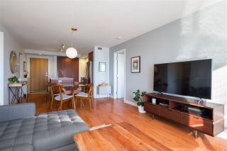 """Photo 10: 303 221 E 3RD Street in North Vancouver: Lower Lonsdale Condo for sale in """"Orizon on Third"""" : MLS®# R2570264"""
