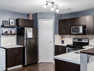 Photo 15: 5 103 ADDINGTON Drive: Red Deer Row/Townhouse for sale : MLS®# A1027789