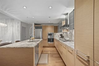 """Photo 3: 3603 1111 ALBERNI Street in Vancouver: West End VW Condo for sale in """"SHANGRI-LA"""" (Vancouver West)  : MLS®# R2521005"""