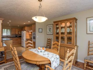 Photo 5: 619 OLYMPIC DRIVE in COMOX: CV Comox (Town of) House for sale (Comox Valley)  : MLS®# 721882