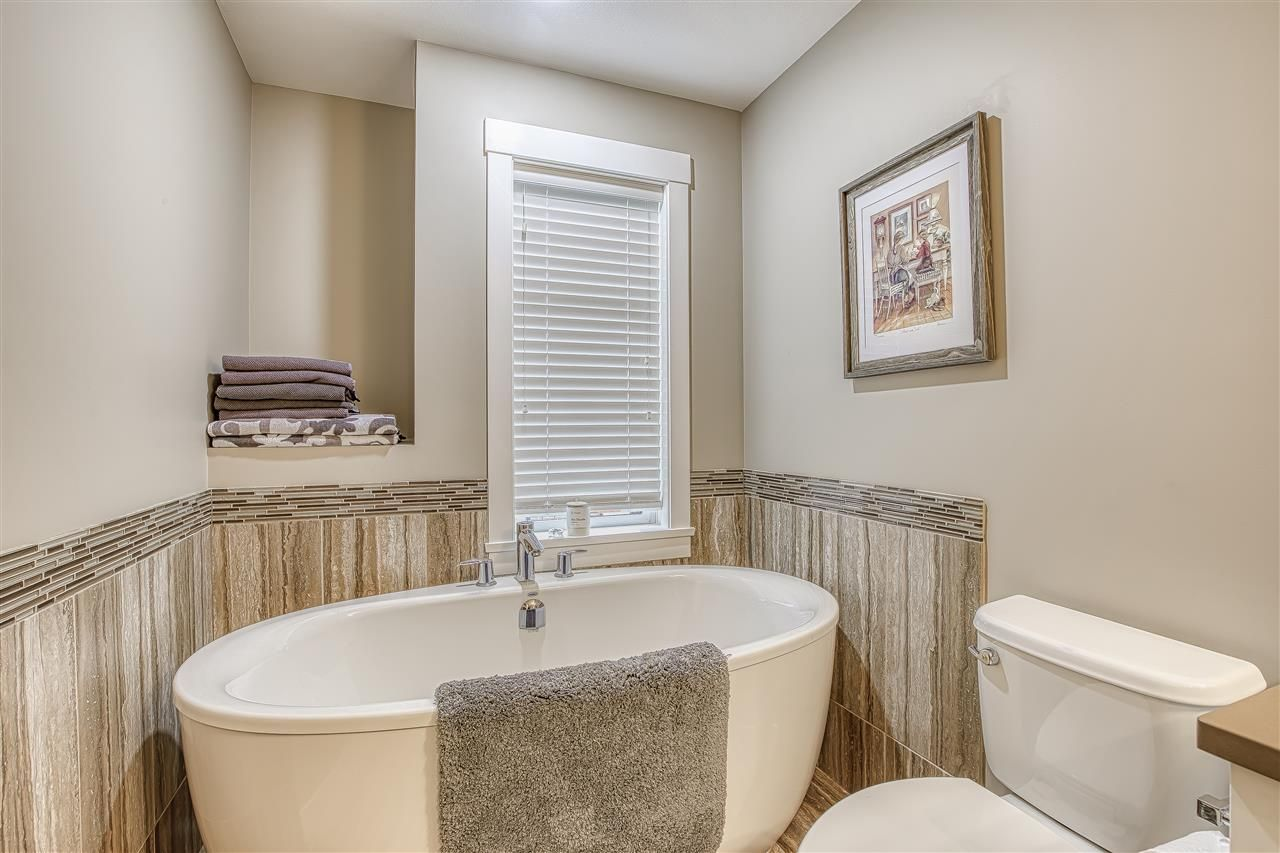 """Photo 16: Photos: 10 23709 111A Avenue in Maple Ridge: Cottonwood MR Townhouse for sale in """"Falcon Hills"""" : MLS®# R2431365"""