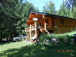 Photo 21: 7635 Mountain Drive in Anglemont: North Shuswap House for sale (Shuswap)  : MLS®# 10051750