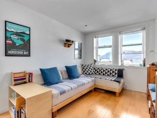 """Photo 5: 701 233 ABBOTT Street in Vancouver: Downtown VW Condo for sale in """"Abbott Place"""" (Vancouver West)  : MLS®# R2578437"""