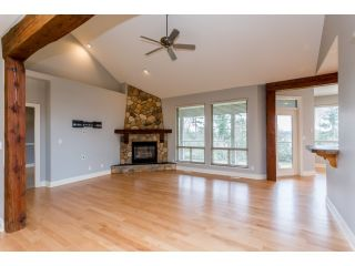 Photo 7: 18678 53A AVENUE in Cloverdale: Cloverdale BC House for sale ()  : MLS®# R2028756