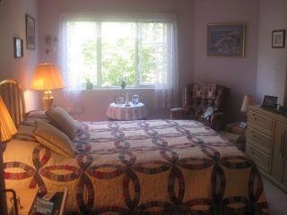 Photo 6: 201 2020 CEDAR VILLAGE Crescent: Westlynn Home for sale ()  : MLS®# V848309