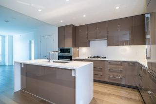 """Photo 8: 301 5189 CAMBIE Street in Vancouver: Cambie Condo for sale in """"CONTESSA"""" (Vancouver West)  : MLS®# R2534980"""
