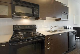 """Photo 18: 416 10707 139TH Street in Surrey: Whalley Condo for sale in """"Aura 2"""" (North Surrey)  : MLS®# F2824909"""