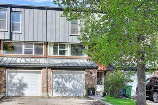Photo 1: 16 Brae Glen Court SW in Calgary: Braeside Row/Townhouse for sale : MLS®# A1112345