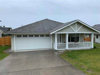 Main Photo: 6321 Tyler Road in Sechelt: Sechelt District House for sale (Sunshine Coast)  : MLS®# r2576051