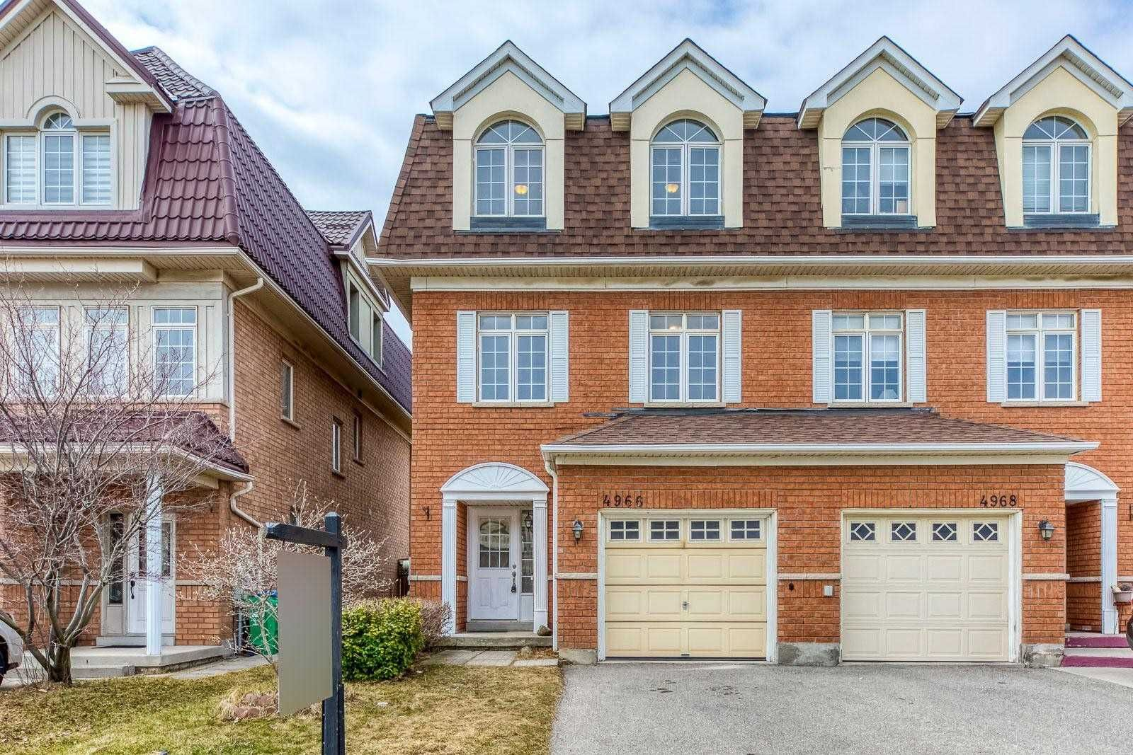 Main Photo: 4966 Southampton Drive in Mississauga: Churchill Meadows House (3-Storey) for sale : MLS®# W5166660