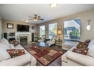 """Photo 12: 12339 63A Avenue in Surrey: Panorama Ridge House for sale in """"Boundary Park"""" : MLS®# R2139160"""