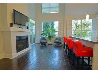 """Photo 4: 110 1465 PARKWAY Boulevard in Coquitlam: Westwood Plateau Townhouse for sale in """"SILVER OAK"""" : MLS®# V1092299"""