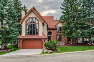 Main Photo: 331 Coach Light Bay SW in Calgary: Coach Hill Detached for sale : MLS®# A1132031