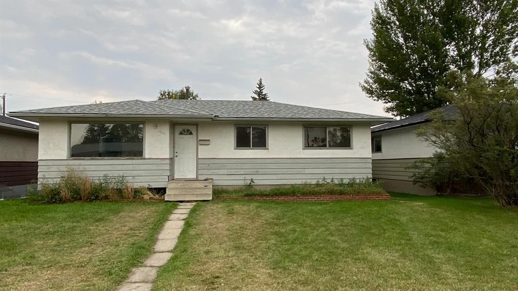 Main Photo: 1722 44 Street SE in Calgary: Forest Lawn Detached for sale : MLS®# A1146827