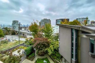 """Photo 7: 404 1633 W 8TH Avenue in Vancouver: Fairview VW Condo for sale in """"Fircrest Gardens"""" (Vancouver West)  : MLS®# R2537315"""