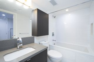 """Photo 12: 2707 8189 CAMBIE Street in Vancouver: Marpole Condo for sale in """"NORTHWEST"""" (Vancouver West)  : MLS®# R2395087"""