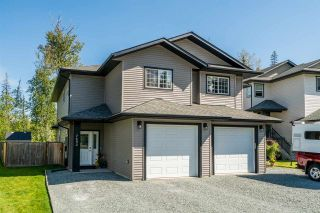 Photo 1: 7692 CREEKSIDE Way in Prince George: Lower College 1/2 Duplex for sale (PG City South (Zone 74))  : MLS®# R2401751